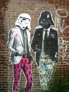Cool street art looks like daft punk -- or 'Star Wars' protagonists (Stormtrooper and Darth Weather) Banksy, Urban Street Art, Urban Art, Pop Art, Art Public, Art Du Monde, Urbane Kunst, Amazing Street Art, Photocollage