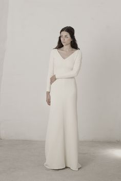 Linda Rouge dress by Cortana. Wedding dresses for women that seek excellence. Designed and crafted in our atelier in Barcelona with the spirit of couture. #CortanaWeLoveWomen #Cortana #WeddingDress #Brides #BridalCollection