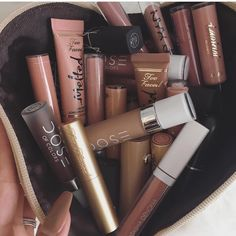Do you spot your favorite nude matte lippie here?? @desiperkins ♡♥♡♥♡♥