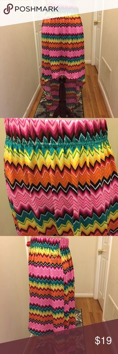 COOGI high low skirt asymmetrical chevron plus 16 COOGI high low chevron print skirt in a size 36.  Waist 36 stretches. COOGI Skirts High Low