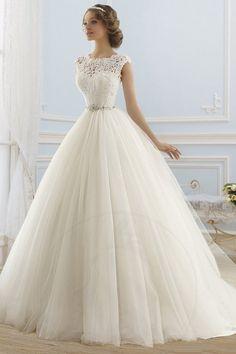ärmelloses bodenlanges Brautkleid aus Tüll mit Gürtel - Bild 1