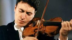 Maxim Vengerov    http://tipsforclassicalmusicians.com/2010/05/20/10-famous-violinists-alive-in-the-classical-music-world/