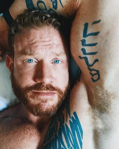 Big Blue Eyes, Ginger Men, Beautiful Men Faces, Male Face, Beards, Windows, Ink, Sexy, Male Faces