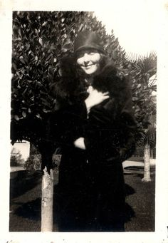 Photo of Billie the Flapper Flappers 1920s, 1920s Flapper, Flapper Girls, Roaring 20s, Goth, Photos, Gothic, Pictures, Roaring Twenties