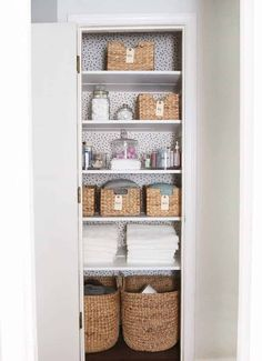 Amazing before and after linen closet makeover + helpful organization tips! Small Linen Closets, Bathroom Linen Closet, Hallway Closet, Organized Linen Closets, Organizing Small Closets, Small Home Organization, Organization Ideas, Laundry Room, Bathroom Closet Organization