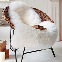 OJIA Deluxe Soft Faux Sheepskin Chair Cover Seat Pad Plain Shaggy Area Rugs for Bedroom Sofa Floor x Ivory White) Faux Sheepskin Rug, Faux Fur Rug, Bedroom Sofa, Bedroom Flooring, Bed Room, White Bedroom, Bedroom Apartment, Living Room Carpet, Bedroom Carpet