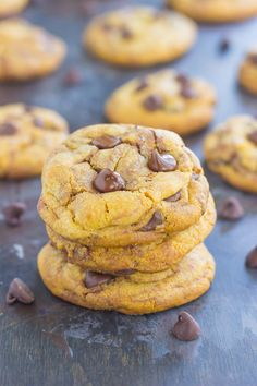 These Nutella Stuffed Chocolate Chip Cookies are sure to satisfy your sweet tooth. Loaded with creamy Nutella and rich chocolate, you'll be baking these over and over again! Best Homemade Cookie Recipe, Delicious Cookie Recipes, Holiday Cookie Recipes, Easy Cookie Recipes, Homemade Cookies, Best Dessert Recipes, Easy Desserts, Sweet Recipes, Baking Recipes