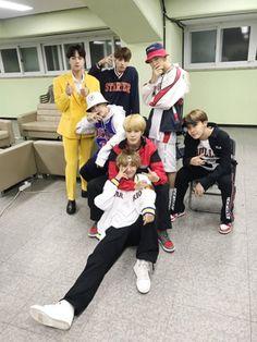 BTS FAMILY ♡