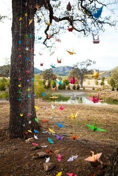 origami garland, great for any party or wedding blessings Art Origami, Oragami, Origami Birds, Origami Garland, Hanging Origami, Origami Tree, Origami Dragon, Wedding Blog, Our Wedding