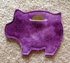 Keizer Quilts:  Felt Piggy Bank