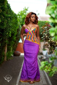 This dress is made from deluxe hand-woven kente fabric made in Bonwire, Ashanti Region, Ghana. African Fashion Dresses, African Dress, African Style, Mode Wax, Kente Dress, Shweshwe Dresses, Ghana Fashion, Corporate Outfits, Kente Styles