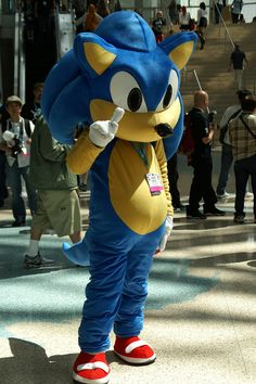 Anime Expo 2012 - Sonic cosplay : sonic cosplay costume  - Germanpascual.Com