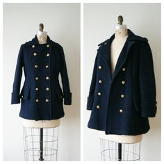 60s Coat. Vintage Pea Coat. Navy Blue Wool Jacket. Women's Winter Coat. Extra Small / Small.