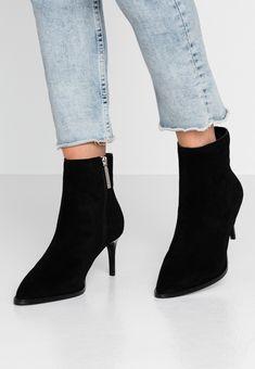 River Island Boots à talons - black - ZALANDO.FR Zalando Shoes, River Island Boots, Boots Talon, Black Noir, Ankle, Fashion, Latest Trends, Spike Heels, Men Styles