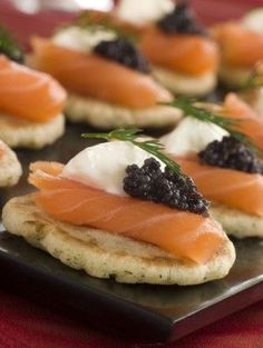 Gourmet Caviar Blinis and Smoked Salmon Canapes. I love caviar Cold Appetizers, Appetizers For Party, Appetizer Recipes, Gourmet Appetizers, Appetizer Sandwiches, Elegant Appetizers, Party Recipes, Smoked Salmon Canapes, Dill Salmon