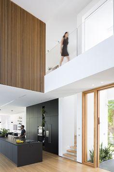 LB House von Shachar-Rozenfeld Architects – casalibrary - Best Home Deco Interior Design Kitchen, Modern Interior Design, Contemporary Interior, Luxury Interior, Room Interior, Modern House Design, Interior Architecture, New Homes, House Ideas