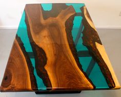 Turquoise resin river dining table – Kayu – New Epoxy Live Edge Furniture, Resin Furniture, Tree Furniture, Cool Furniture, Epoxy Wood Table, Walnut Dining Table, Floating, Wood Slab, Ideas