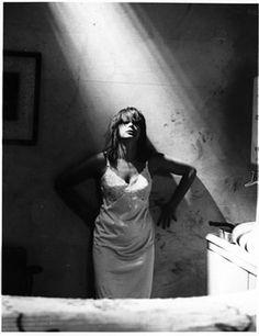 Chrissie Amphlett The Divinyls by Tony Mott (RIP) (Australian singer and photographer ) Mundo Musical, Rhythmic Pattern, Rocker Chick, Jazz Musicians, Photo B, Black And White Portraits, Celebs, Celebrities, Professional Photographer