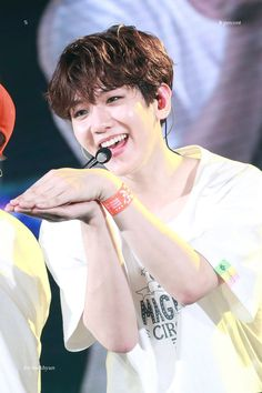 Baekhyun [HQ] 190417 Magical Circus Concert Tour in Saitama Baekhyun Chanyeol, Exo Ot9, K Pop, Chen, Kai, Luhan And Kris, Berlin, Exo Korean, Xiu Min