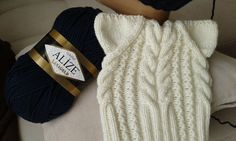 Шапка спицами. КотоШапка. Часть 2.  // Knitting for kids // How to knit ...