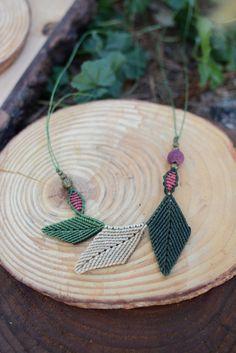 macrame jewelry,macrame necklace,lava necklace,thread necklace,necklace with leaves,boho chic,handmade necklace,macrame pedant,bohemian