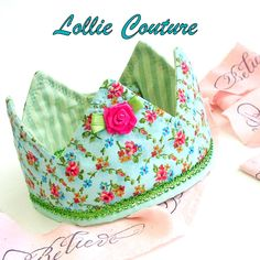 Think Bugs needs a few of these for dress up Fabric Crown, Princess Birthday Hat, Dress Up Crown Princess Hat, Princess Birthday, Birthday Crowns, Princess Crowns, Sewing For Kids, Diy For Kids, Sewing Diy, Sewing Ideas, Sewing Crafts