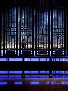 The new Hakkasan restaurant in Abu Dhabi by Firefly Lighting Design