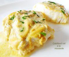 Cabillaud roti à la moutarde. 4 pavés de dos de cabillaud 1 échalote 2 cuillères à soupe de moutarde 2 cuillères à café de crème fraiche 1 filet de jus de citron Huile d'olive Persil Sel et poivre