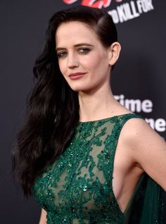 Actress Eva Green attends Premiere of Dimension Films' 'Sin City: A Dame To Kill For' at TCL Chinese Theatre on August 19 HOT. 2014 in Hollywood, California. Beautiful Actresses, Actors & Actresses, Actress Eva Green, Bond Girls, Actrices Hollywood, French Actress, Hollywood Celebrities, Pretty Woman, Gorgeous Women