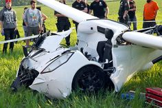 AeroMobil flying car crash occured last Friday, May The AeroMobil prototype flying car crashed during a flight test in Slovakia. Aviation Blog, Flying Car, Car Crash, Reading, Word Reading, Reading Books, Libros