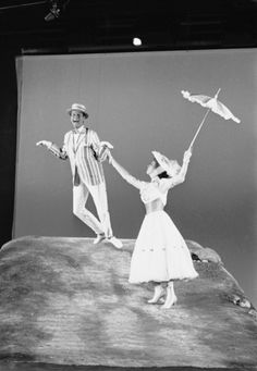 Behind the scenes ~ Dick Van Dyke and Julie Andrews filming Mary Poppins