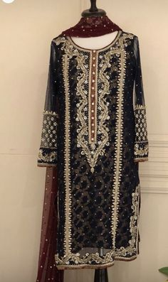 Post wedding dinner/ dawat outfit inspo Pakistani Formal Dresses, Pakistani Wedding Outfits, Pakistani Dress Design, Indian Dresses, Indian Outfits, Anarkali, Churidar, Lehenga, Fancy Wedding Dresses
