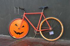 How to decorate your bike for Halloween