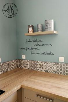 aluminum wall phrase - Ikea DIY - The best IKEA hacks all in one place Küchen Design, House Design, Interior Design, Interior Modern, Target Home Decor, Cheap Home Decor, New Kitchen, Kitchen Decor, Red Wall Kitchen