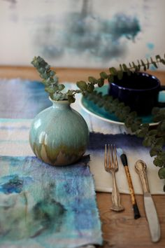 """3 Ways to """"Watercolor"""" Fabric Napkins 