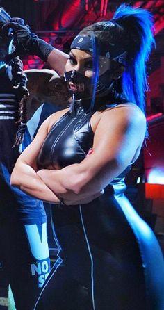 Batista Wwe, L Love U, Wrestling Divas, Female Wrestlers, Wwe Divas, Other Woman, Me As A Girlfriend, Nice Tops, Mma