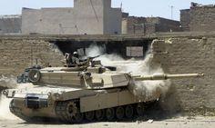 b1-Abrams-firing-920-30