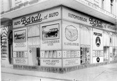 1930. Lehel utca 13-15. Bárdy autókereskedés és műhely. Old Photos, Vintage Photos, Budapest Hungary, Utca, History, Old Pictures, Historia, Vintage Photography