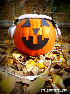 Halloween spin playlist with suggested routine