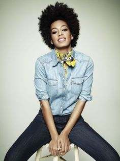 I love Solange's hair! I love her personal style, eccentric and unique..She is my inspiration