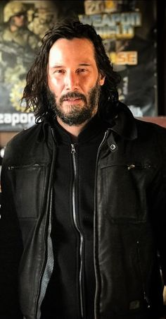 You will see me inside your heart then you should know how to behave. You will not wish to smoke yourself to death. Fans are all cared for you and they want to see Keanu-Reeves back in the action hero once again. Keanu Reeves House, Keanu Charles Reeves, John Wick Hd, Shy Guy, Most Beautiful Man, Beautiful Things, To My Future Husband, Jon Snow, Actors & Actresses