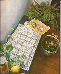 Chemin de table ous crochet crochet