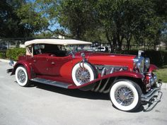 Best classic cars and more! Old Classic Cars, Classic Cars Online, Retro Cars, Vintage Cars, Autos Mercedes, Duesenberg Car, Classic Motors, Rolls Royce, Unique Cars