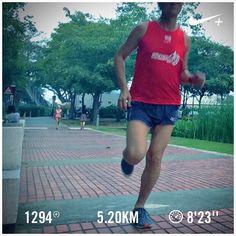 Hazy! Barry is running... #barryisrunning #run #runsg #nikeplus #running #runhappy #runnerscommunity #runnerinspiration #runforabettertomorrow #AmigosRunning #correr #Corrida #instarun #instarunner #iphonerunner #iphoneonly #marathontraining #wearetherunners #coolrun #worlderunners