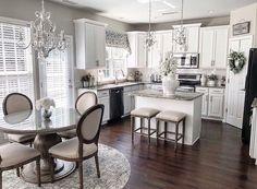 Luxury Kitchen Design In 2020 Ideas , Dream and Modern Kitchen) Grey Kitchen Cabinets, Kitchen Cabinet Design, Interior Design Kitchen, Kitchen Countertops, Soapstone Kitchen, Kitchen Cupboard, Island Kitchen, Diy Interior, Kitchen Shelves