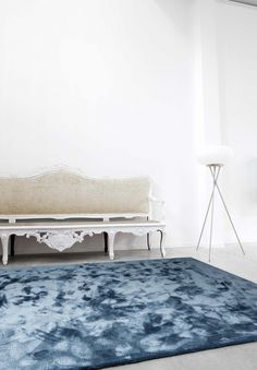 'Astral - Blue Stone' by Limited Edition. Astral is made out of bamboo. | www.le.be | Collection 2015 #bespoke #rugs #carpets #madeinbelgium #cloudy #tufted