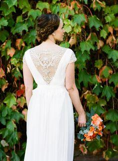 Photography: Em The Gem - emthegem.com  Read More: http://www.stylemepretty.com/2014/07/30/classic-vineyard-wedding-with-a-pop-of-color/