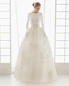 Stunning Long Sleeve & Floral Wedding Dress Dorado from Rose Clara