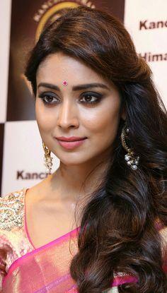 South Indian Actress Photo, Indian Bollywood Actress, Indian Actress Hot Pics, Beautiful Bollywood Actress, Beautiful Actresses, Tamil Actress, Indian Actresses, Beautiful Girl Indian, Most Beautiful Indian Actress