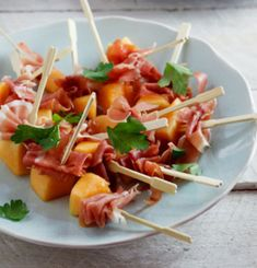Melon and Prosciutto Skewers | 23 Easy Picnic Recipes That Everybody Will Love